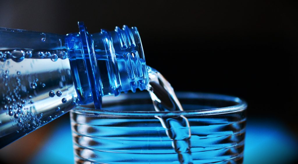 Der Hautturgor - Dehydration erkennen auf koerperfett-analyse.de