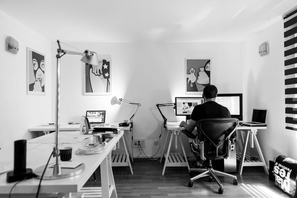 Fit trotz Bürojob auf koerperfett-analyse.de