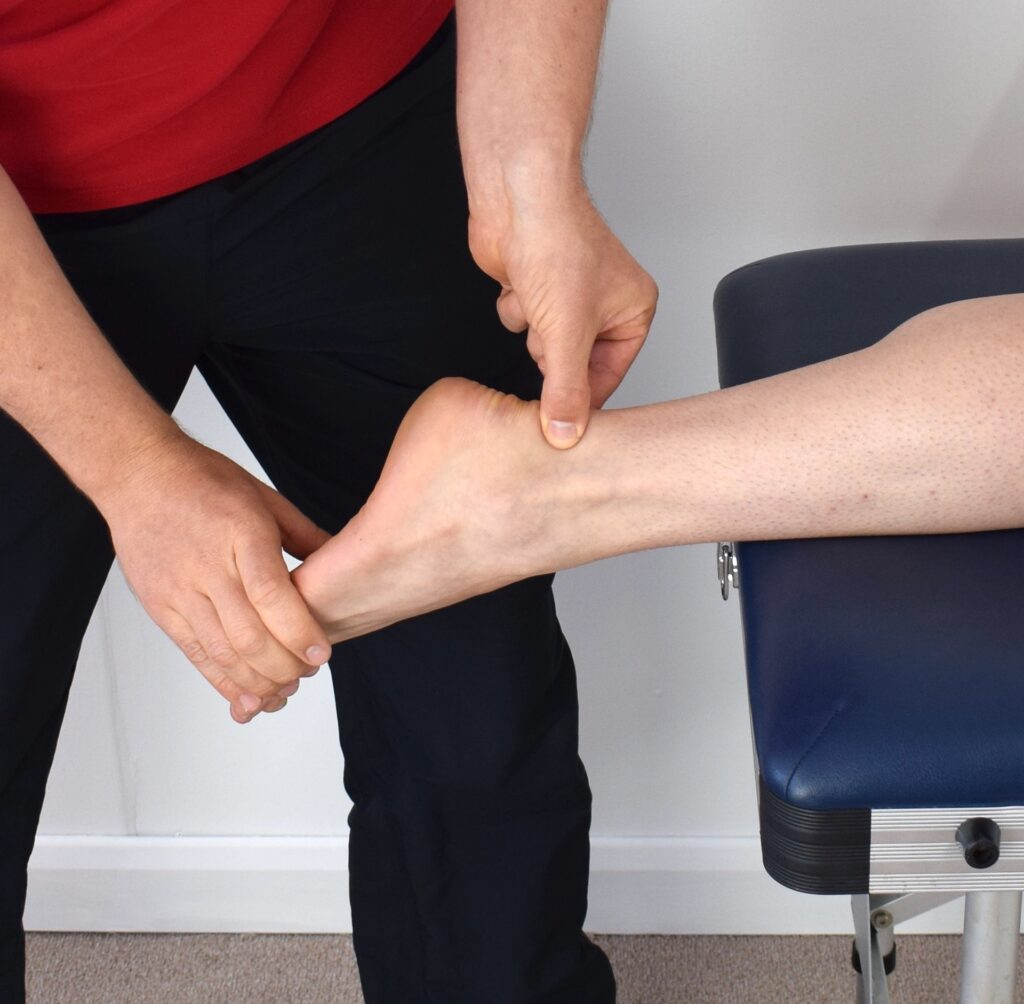 Wasser in den Beinen, geschwollene Beine - Was hilft? auf koerperfett-analyse.de